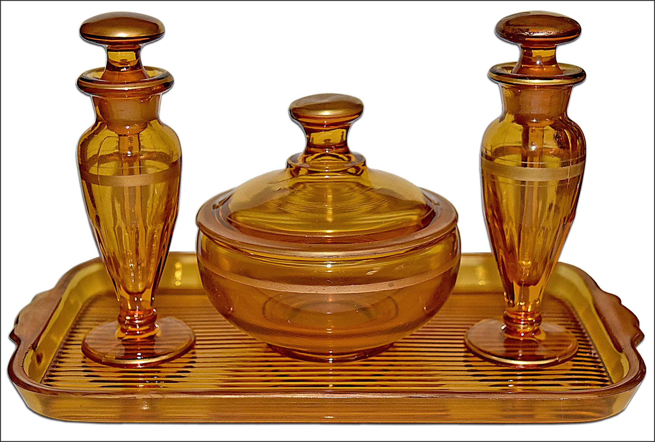 Diamond Adam's Rib Amber Vanity Set with Common Gold Decoration