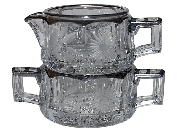 Heisey Medium Panel Colonial Sugar and Creamer