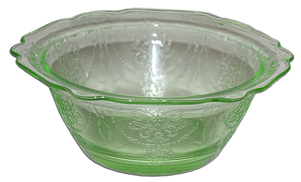"Belmont Bowknot Green Depression Glass 4/14"" Berry Bowl"