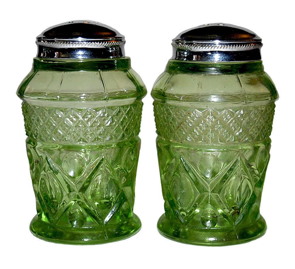 Imperial Cape Cod Verde Green #160/117 Salt and Pepper Shakers