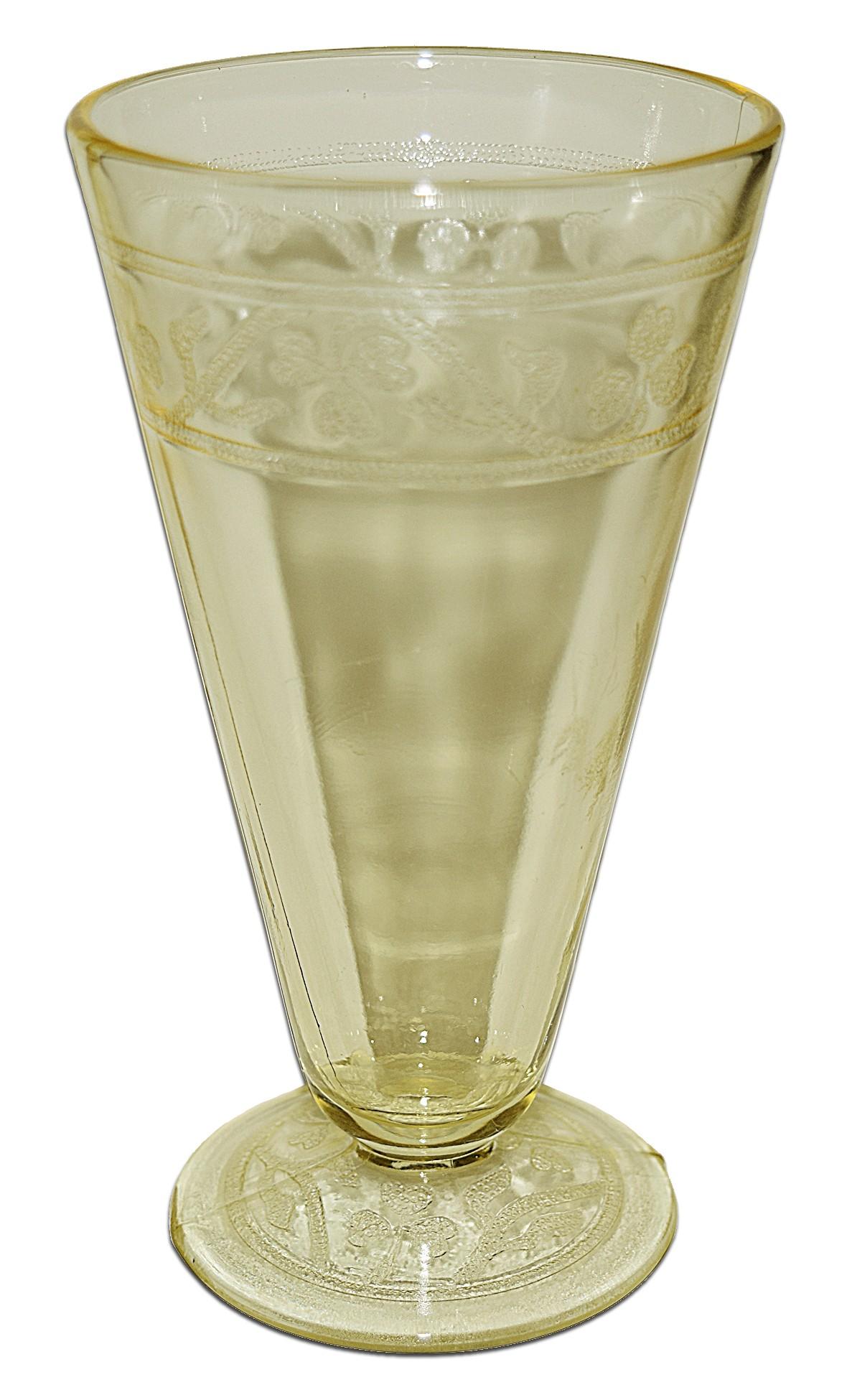 Hazel Atlas Cloverleaf  Yellow Footed Ice Tea Tumbler