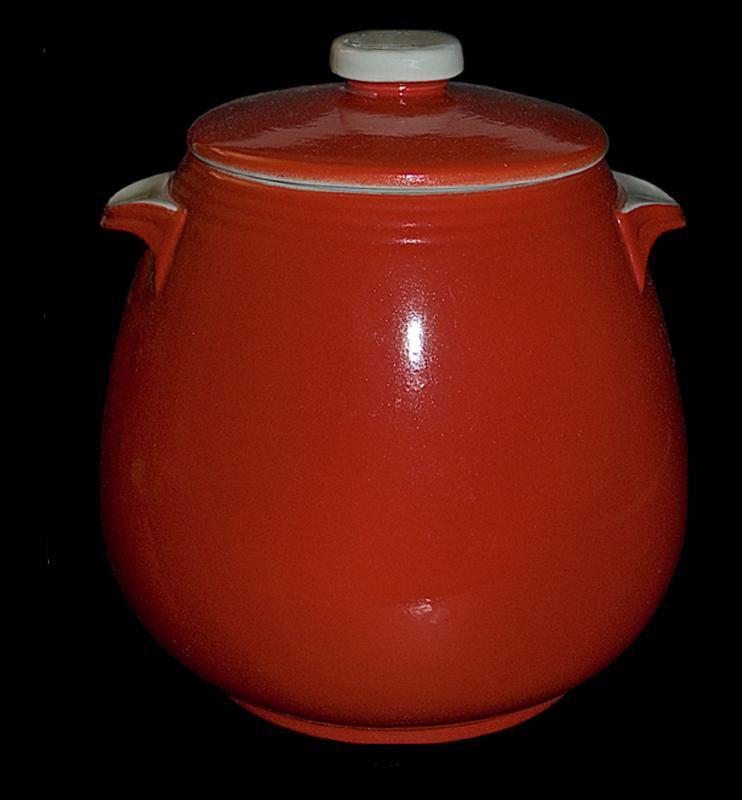 Hall China Chinese Red Tab Handled Bean Pot