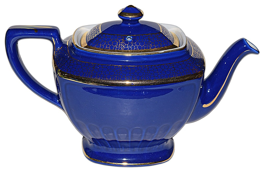 Hall China Hollywood Marine with Standard Gold 8 Cup Teapot