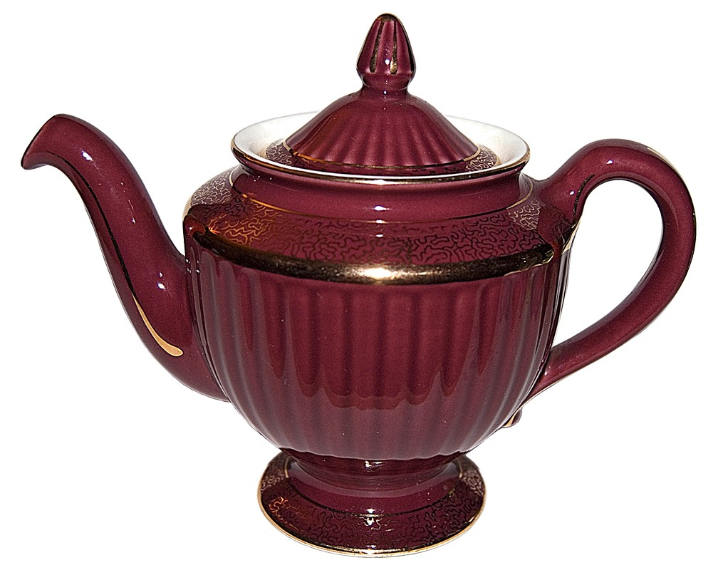 Hall China Los Angeles Maroon with Standard Gold Teapot