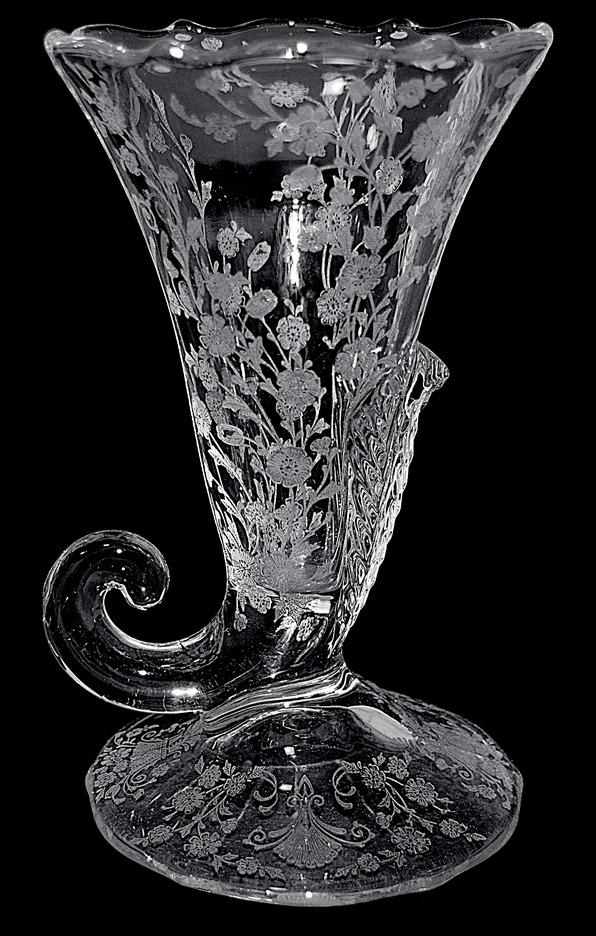 Duncan First Love Cornucopia Vase TOS