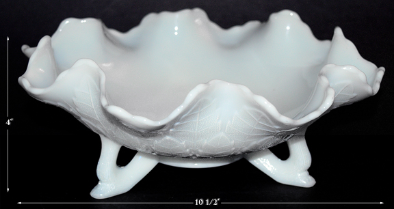 Leaf Tiers Footed bowl in White Milk Glass