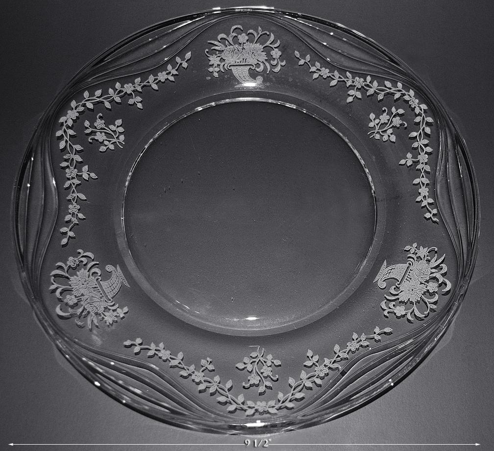 FOSTORIA MAYFLOWER DINNER PLATE