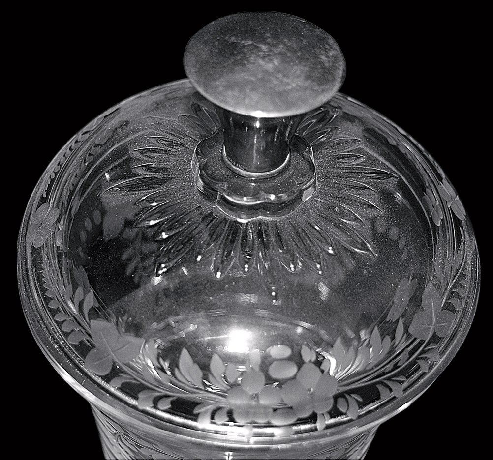 Heisey Plantation Urn / Candy with Sterling Knob Top