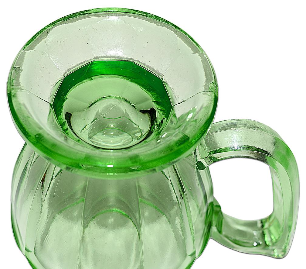 Jeannette Green Kitchen Glass Mug THE BOTTOM