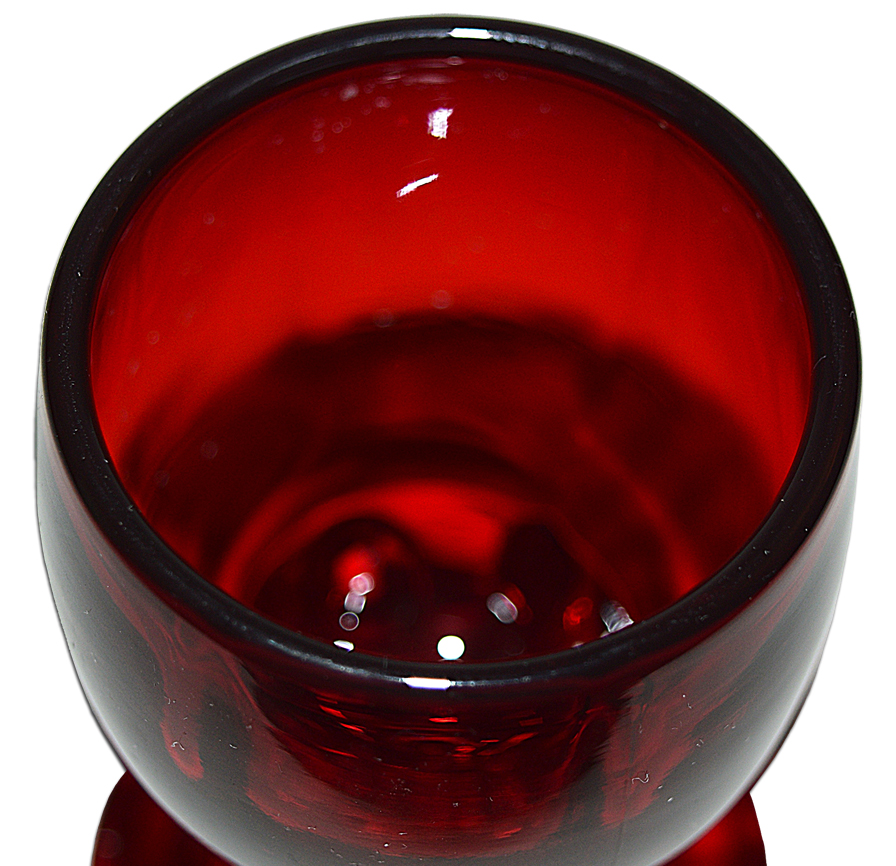 Ruby Moondrops Rocket Wine Goblet Top