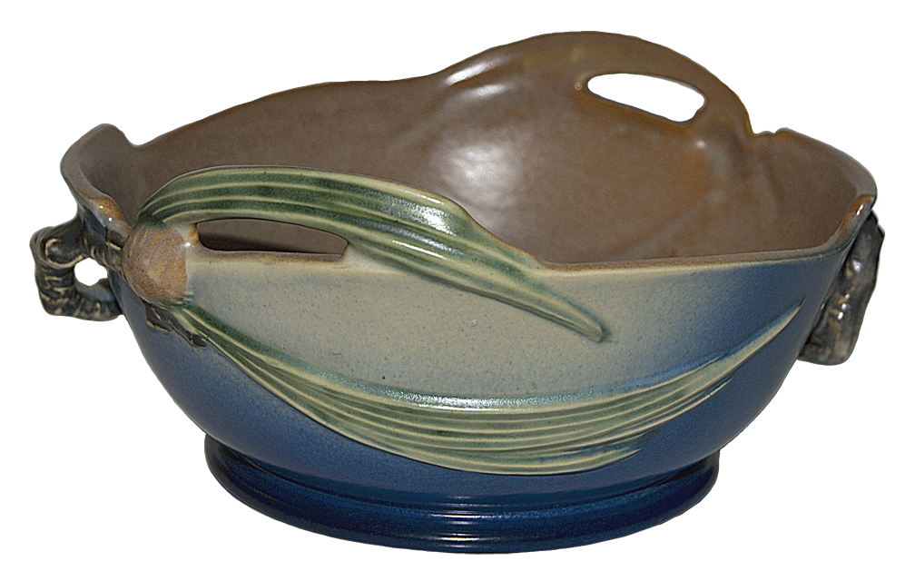 Roseville Pinecone BLue Handled Bowl
