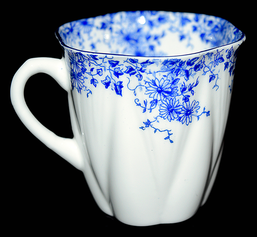 Shelly Dainty Blue Demi Cup - The Other Side