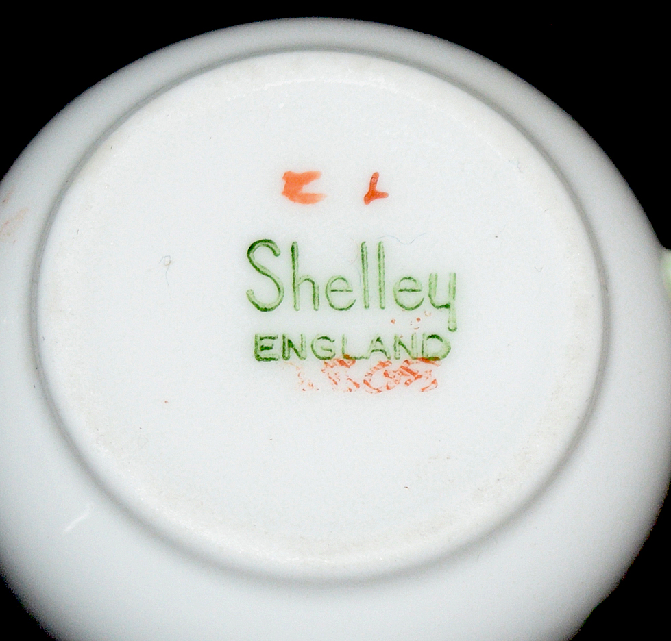 Shelley Yutoi Floral Boquet Miniature Cup Backstamp