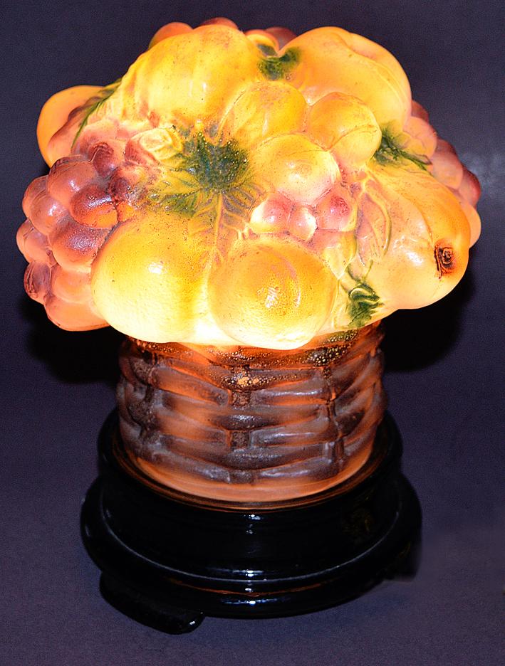 Tiffin Fruit Basket Lamp Lit
